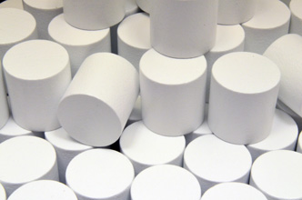White Wooden Cylinders (15x15mm)