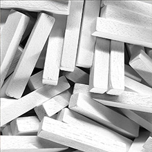 White Wooden Sticks (4x4x25mm)